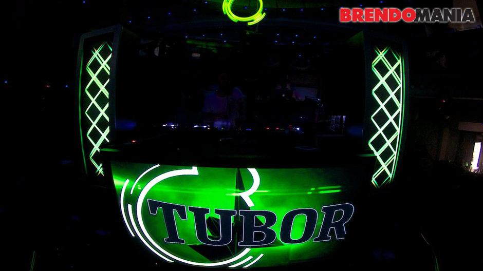 Tuborg-presents-09